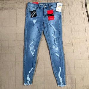 Ladies Seven 7 Skinny Jeans sz. 3 BNWT